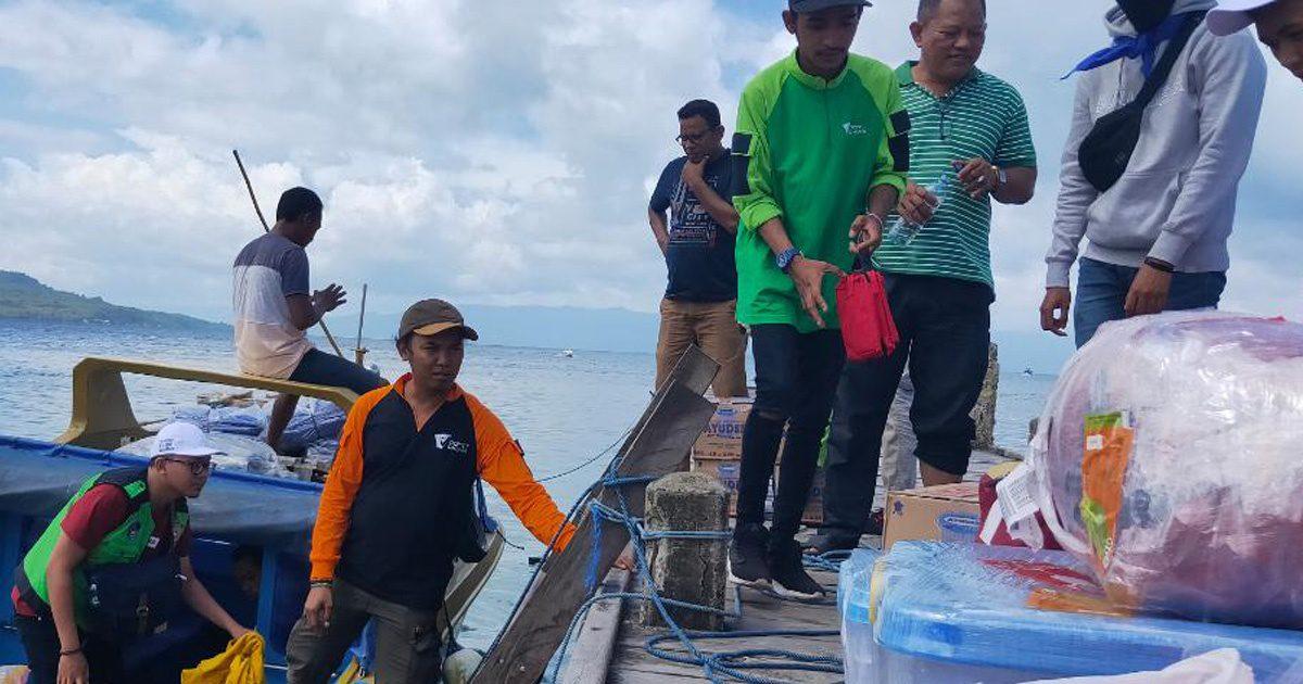 Gempa Luluhlantahkan Ekonomi, Relawan DMC Salurkan Bantuan hingga ke Pulau Terpencil
