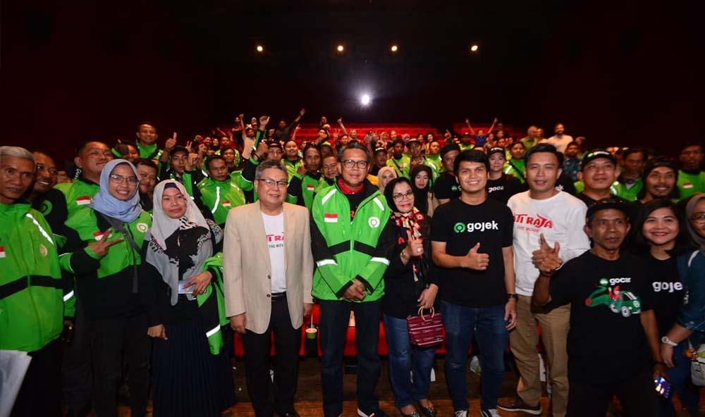 Dukung Film Karya Lokal, Gubernur Sulsel Nonton Bareng Ojol
